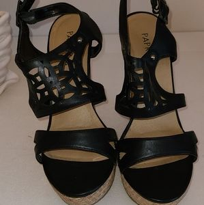 Paprika Shoes - Black wedge sandals